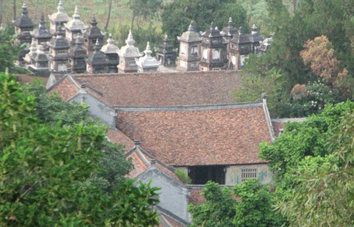 Có nên xây nhà gần đền chùa?