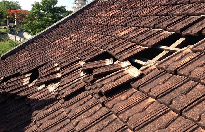Xem phong thủy cho mái nhà
